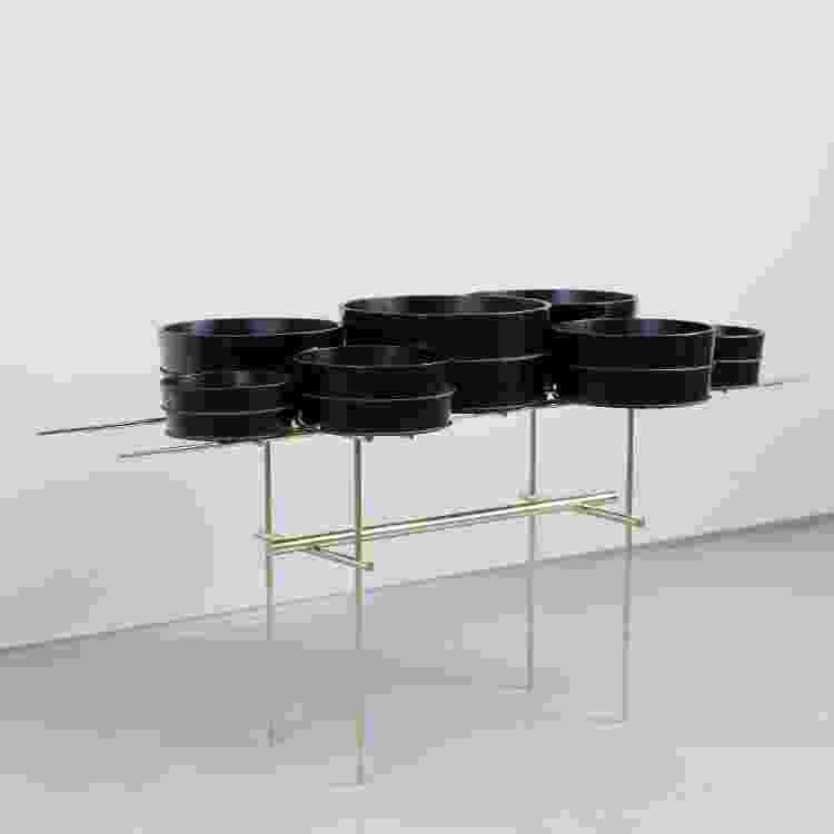 Mesa Bucket Re-cord Table de Ryosuke Harashima - Divulgação - Divulgação