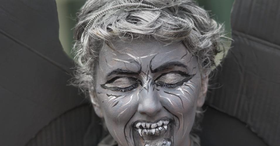 11.jul.2015 - Mulher capricha na maquiagem para participar da Comic-Con