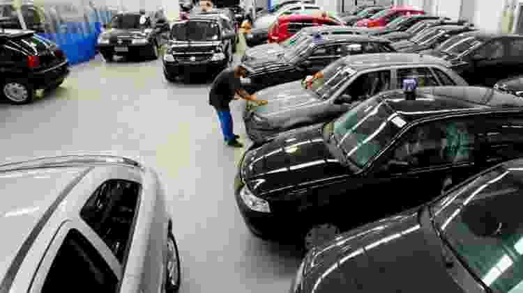 """O carro que você busca está muito barato? Desconfie, pois a oferta pode ser uma """"roubada"""" - Eduardo Knapp/Folhapress"""