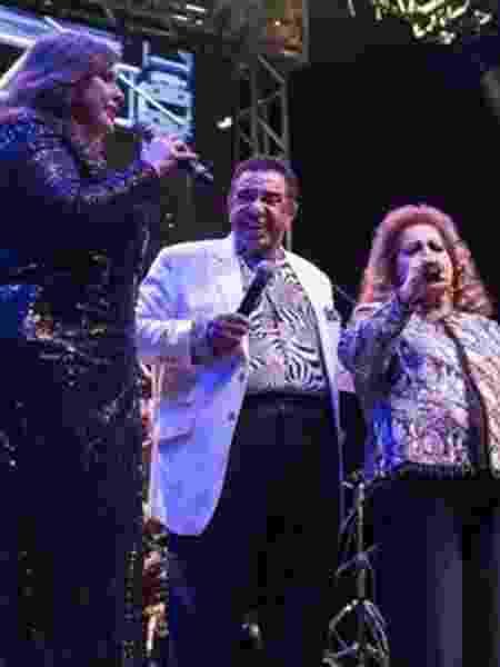 Fafá de Belém, Agnaldo Timóteo e Angela Maria em show durante a Virada Cultural - Rafael Guimarães/BBC Brasil - Rafael Guimarães/BBC Brasil