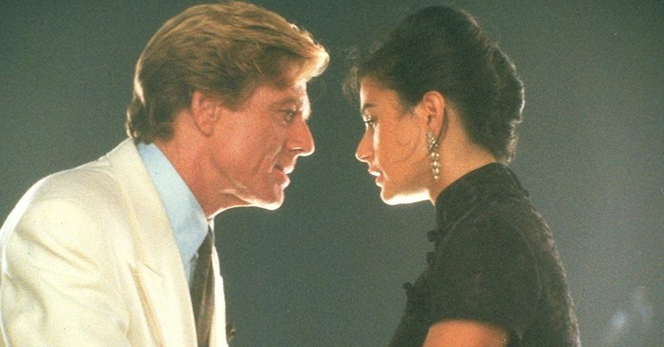 "Demi Moore e Robert Redford  enm cena de ""Proposta Indecente"" (1993)"