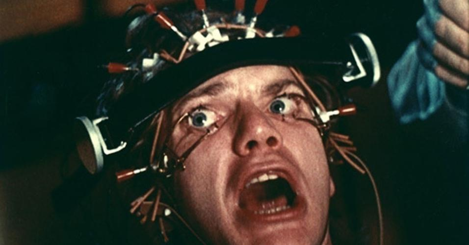 "Malcolm McDowell em cena de ""Laranja Mecânica"" (1971)"