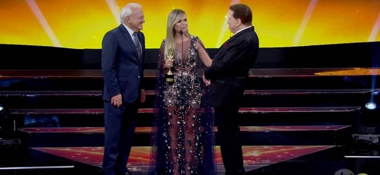 """No """"Troféu Imprensa"""", Silvio pede Eliana fazer mais filhos - Reprodução/SBT"""