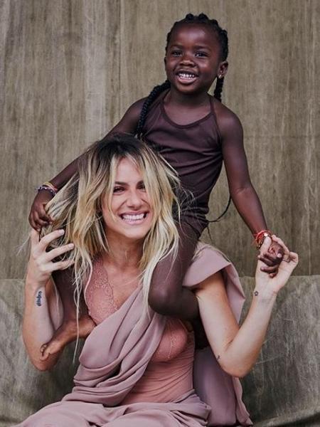 Giovanna Ewbank e a filha Titi - Reprodução