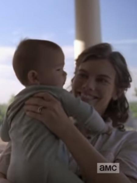 """Bebê de Maggie (Lauren Cohan) aparece em cena da nova temporada de """"The Walking Dead"""" - Reprodução/YouTube"""