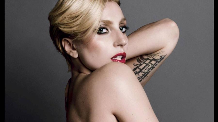 A cantora Lady Gaga - Reprodução/Instagram/@vmagazine