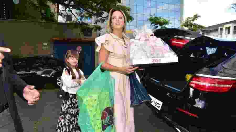 Spoiler  Ticiane Pinheiro pode ter revelado nome da filha de Sabrina ... 4a8102d78f
