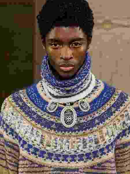 Apesar de evento contar com Pharrell Willians, modelo norte-americano foi o primeiro homem negro a desfilar pela marca - Reprodução/Instagram