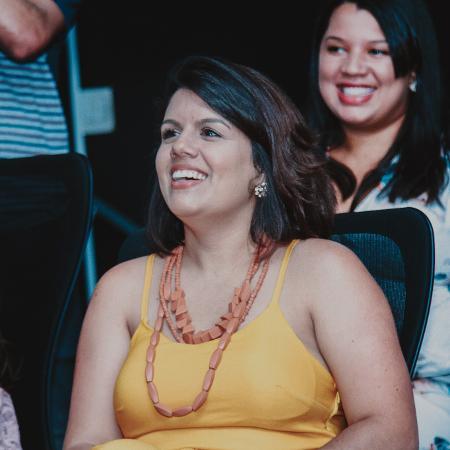 Ariane Noronha, 28, fez a iniciativa Soul Bilingue após ver vida profissional mudar ao fazer intercâmbio - Andre Pereira/Divulgação