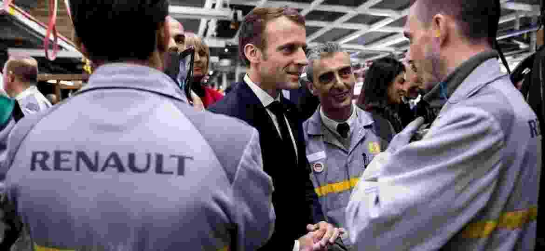 Emmanuel Macron, presidente da França, em visita a unidade da Renault - Reuters