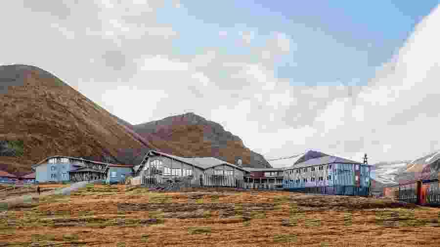 O Radisson Blu Polar Hotel Spitsbergen fica no remoto arquipélago de Svalbard, na Noruega - Hurtigruten Svalbard/Agurtxane Concellon