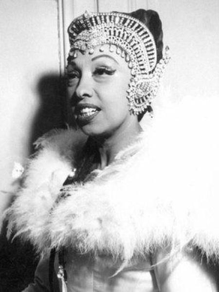 """Josephine Baker era conhecida como """"Cleópatra do jazz"""" - Alamy"""