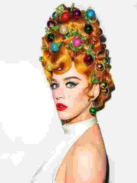 Katy Perry e seu cabelo árvore de natal - Reprodução/ Instagram