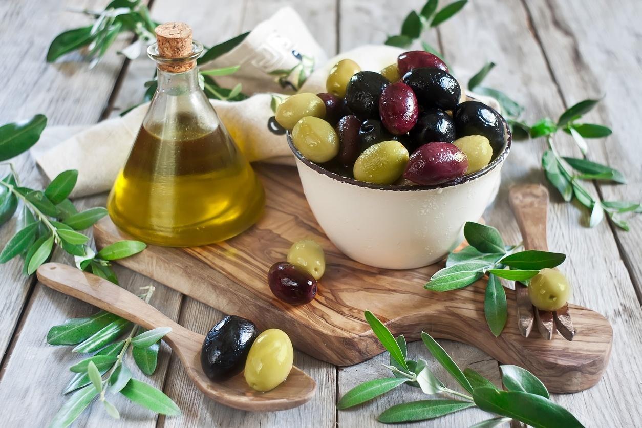 Azeitona faz bem para a imunidade: veja 7 benefícios do alimento ...