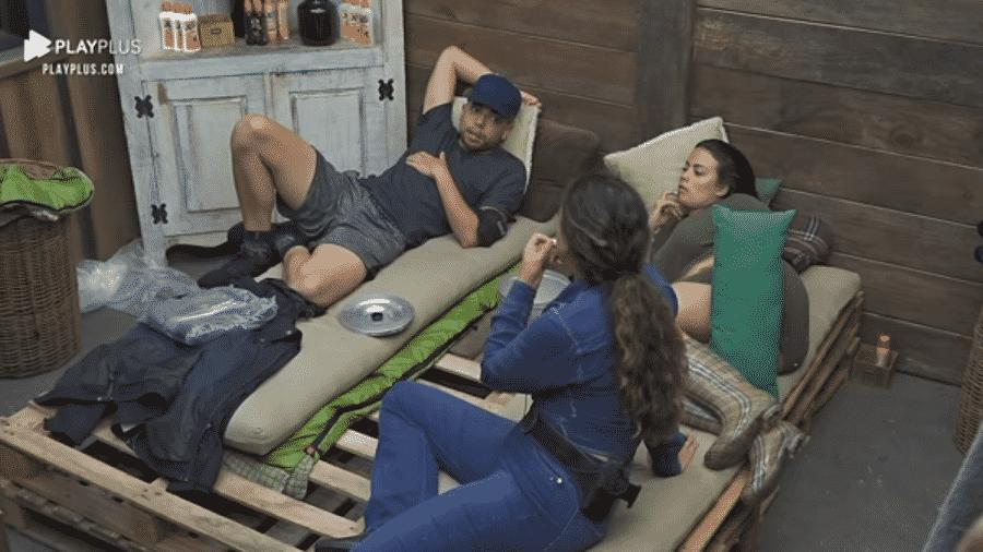 """A Fazenda 2020: Lucas Maciel teve um ataque de fúria com Jojo Todynho após a festa """"Likes"""" - Reprodução/Playplus"""