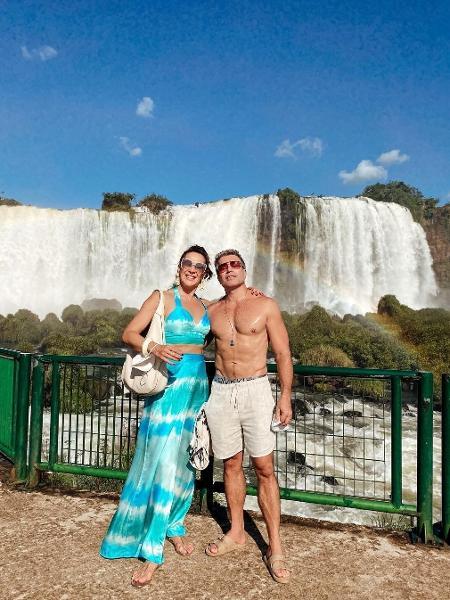 Claudia Raia e Jarbas Homem de Mello estão em Foz do Iguaçu - Reprodução