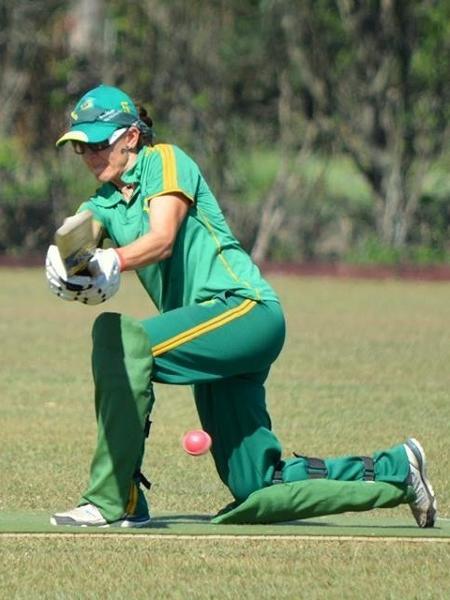 Roberta Moretti, jogadora de críquete em Poços de Caldas (MG) - Divulgação