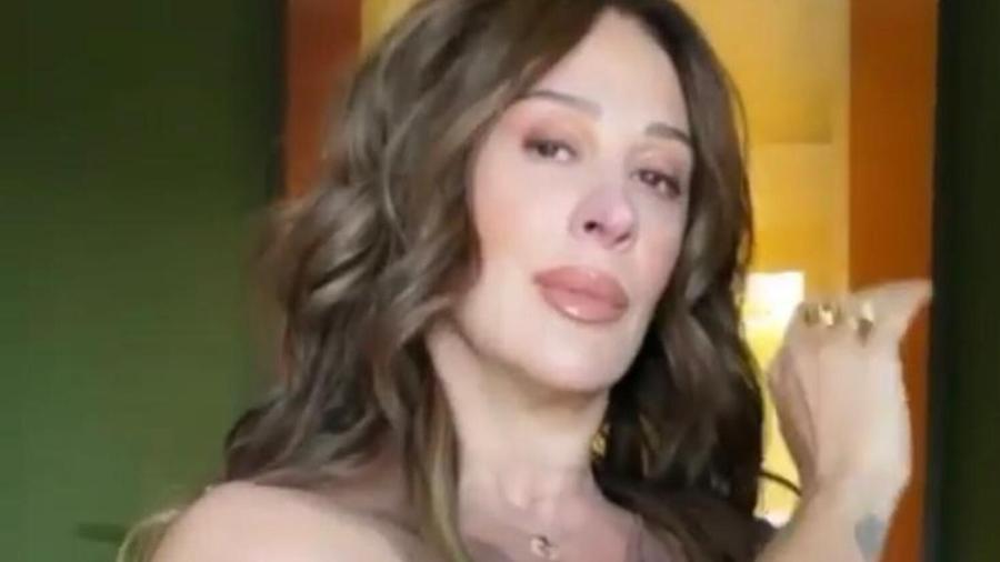 Claudia Raia fingiu desmaio em motel após notar pés do rapaz que estava com ela - Reprodução/Ale de Souza