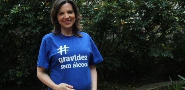 A jornalista Glória Vanique virou madrinha da campanha #gravidezsemalcool - Divulgação