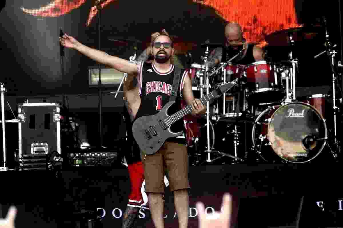 24.set.2015 - A banda de deathcore John Wayne subiu ao palco Sunset do Rock in Rio nesta quinta-feira com sol a pino e o som no último volum - Marcos Ferreira/Photo Rio News