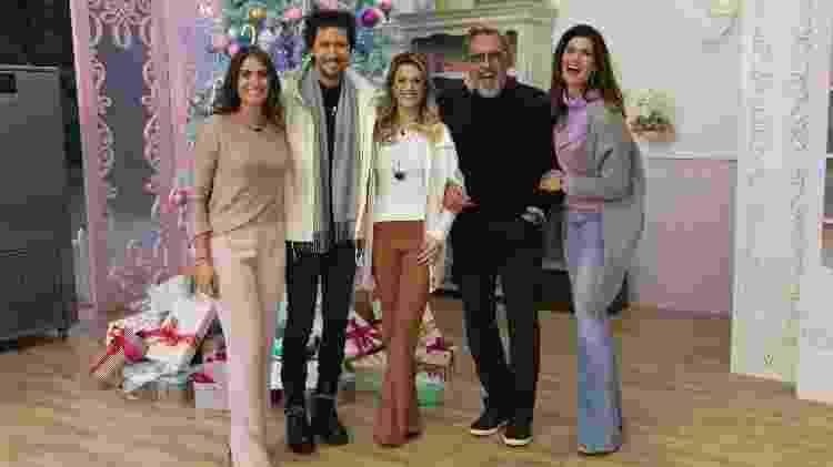 Carol Fiorentino, Arlindo Grund, Beca Milano, Fabrizio Fasano Jr. e Isabela Fiorentino  - Artur Igresias/SBT