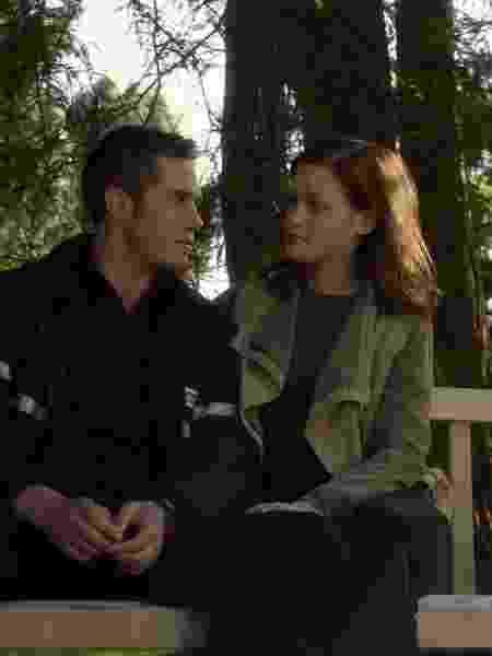 """Sean (Blake Jenner) e Lisa (Jane Levy) em cena da série """"Dilema"""", da Netflix - Divulgação/Netflix - Divulgação/Netflix"""