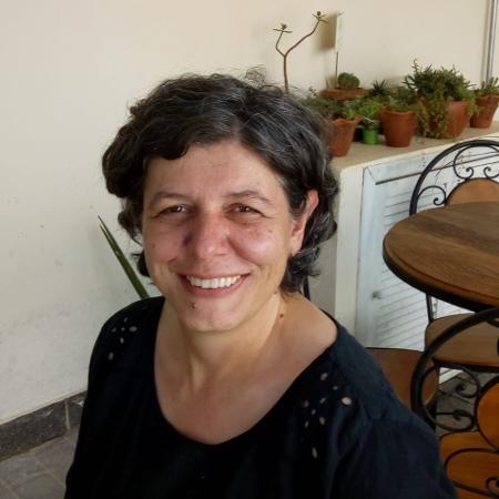 Adriana Rizzo, voluntária do CVV - Arquivo pessoal
