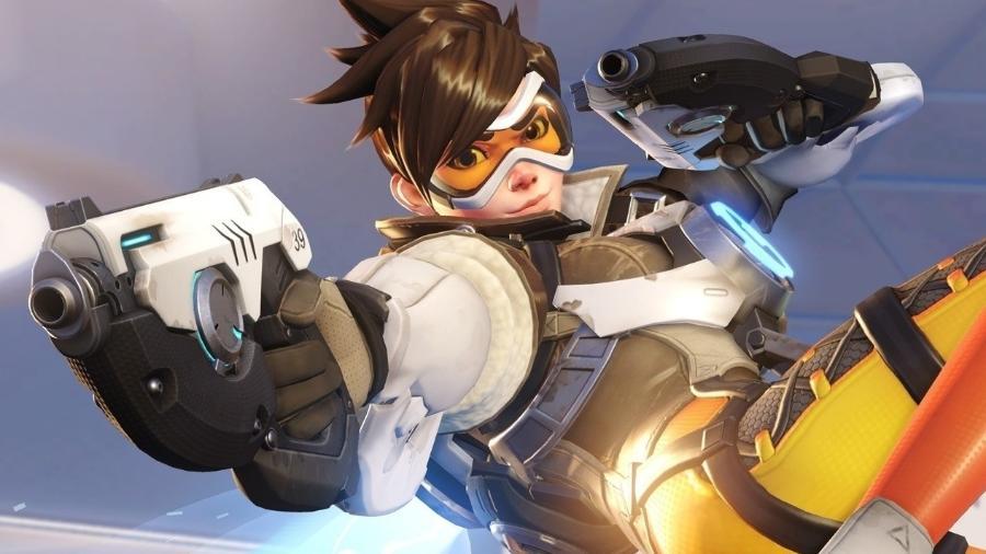 """Garota propaganda de """"Overwatch"""", a inglesa Tracer é uma dos personagens do game - Divulgação"""