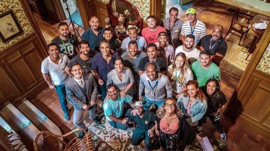 Glória Pires e parte da equipe de Éramos Seis - Reprodução/Instagram
