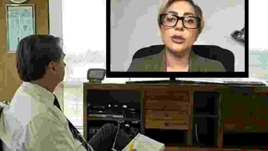 Montagem feita por internauta mostra o presidente Jair Bolsonaro vendo o pronunciamento de Lady Gaga na TV - reprodução/Twitter