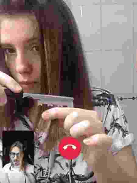 Joanna - telecorte - cortando com a navalha - Joanna Martini - Joanna Martini