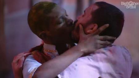 Bbb 21 Festa Tem Beijo Gay Briga Gritaria E Saida De Lucas