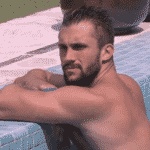 BBB 21: Arthur conversa na piscina - Reprodução/Globoplay