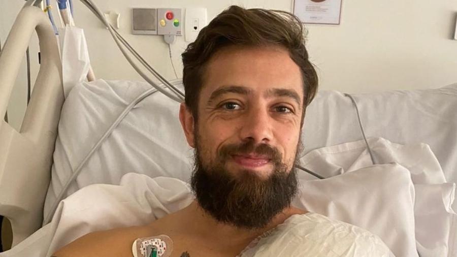 Rafael Cardoso passa por cirurgia para implantar desfibrilador cardíaco - Reprodução/Instagram