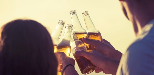 Os escolhidos terão que provar cervejas e relatar suas experiências na internet - Getty Images