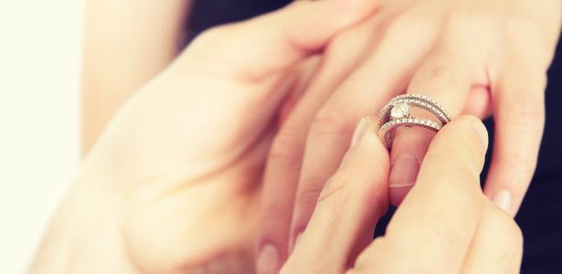 O abandono no altar não impediu que a noiva desse uma festa para a sua família