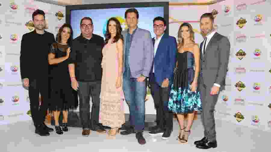 """Time de especialistas do """"Fábrica de Casamentos"""", do SBT; Chris Flores e Bertolazzi ao centro - Deividi Correa/AgNews"""