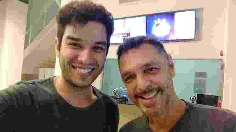 """Os atores Pedro Henrique Lopes e Guilherme Leme Garcia nos bastidores de """"Vamp, o musical"""" - Divulgação - Divulgação"""
