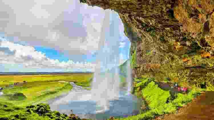 Cachoeira Seljalandsfoss, na Islândia - Leonid Andronov/iStockphoto - Leonid Andronov/iStockphoto