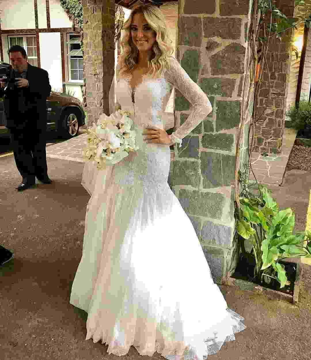 Tici com vestido de Lethícia Bronstei - Reprodução/ Instagram