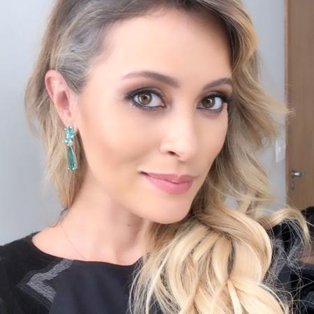 Grávida de sete meses, apresentadora Patrícia Costa assume cabelos brancos - Reprodução/Instagram/patriciacosta.oficial