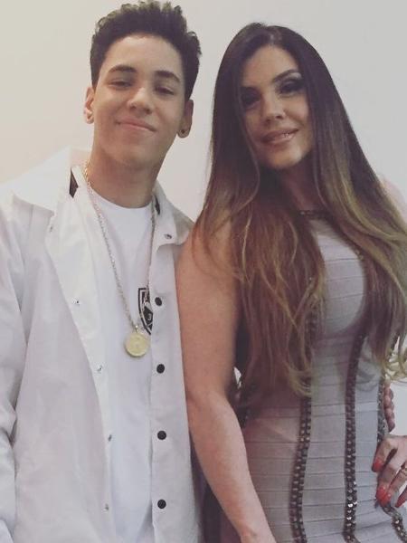 Ryan e a mãe, Simony - Reprodução/Instagram