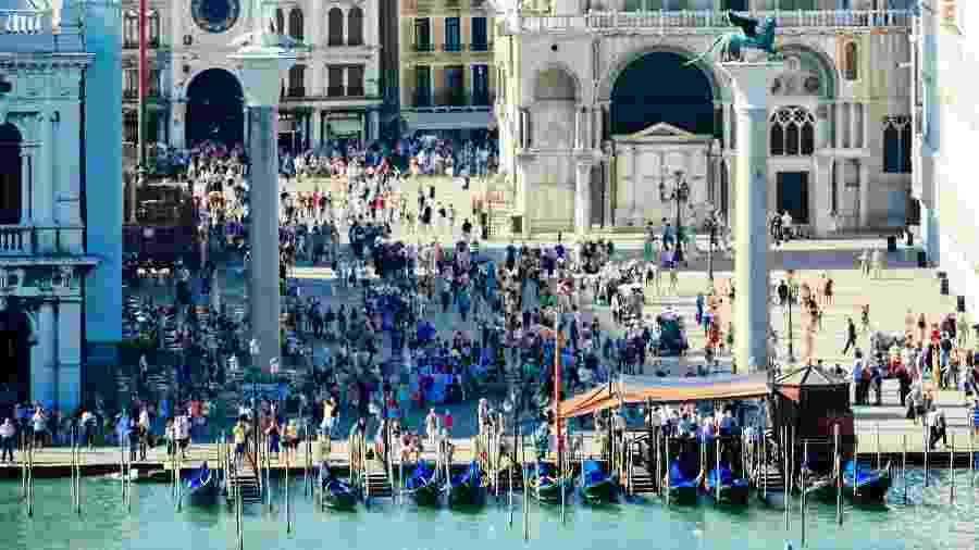 Turistas na Piazza San Marco, em Veneza - Getty Images/iStockphoto