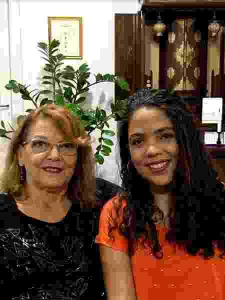 Carla Ferreira incentivou a filha, Naira, a conquistar uma bolsa de estudos - Arquivo Pessoal