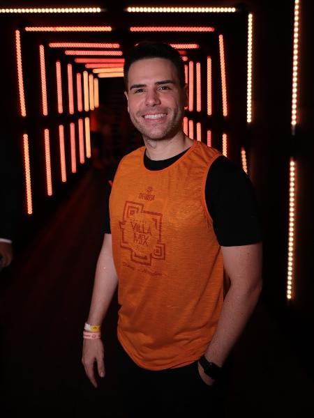 Luiz Bacci em camarote em Salvador - Divulgação/ Sércio Freitas