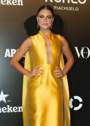 28.jan.2016 - Paloma Bernardi no baile da Vogue, em São Paulo, cujo tema foi Pop África