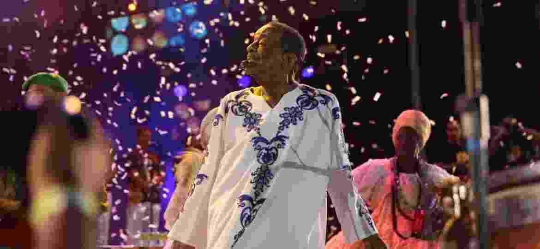 05.fev.2016 - Naná Vasconcelos na festa de abertura do Carnaval do Recife  - Peu Hatz/Seturel-PE