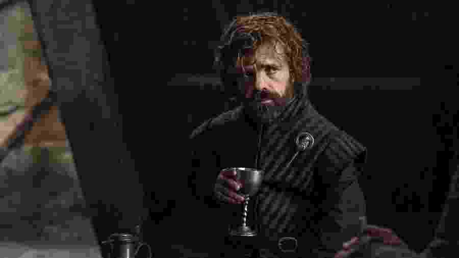 """Tyrion Lannister (Peter Dinklage) em cena de """"Game of Thrones"""" - Reprodução"""