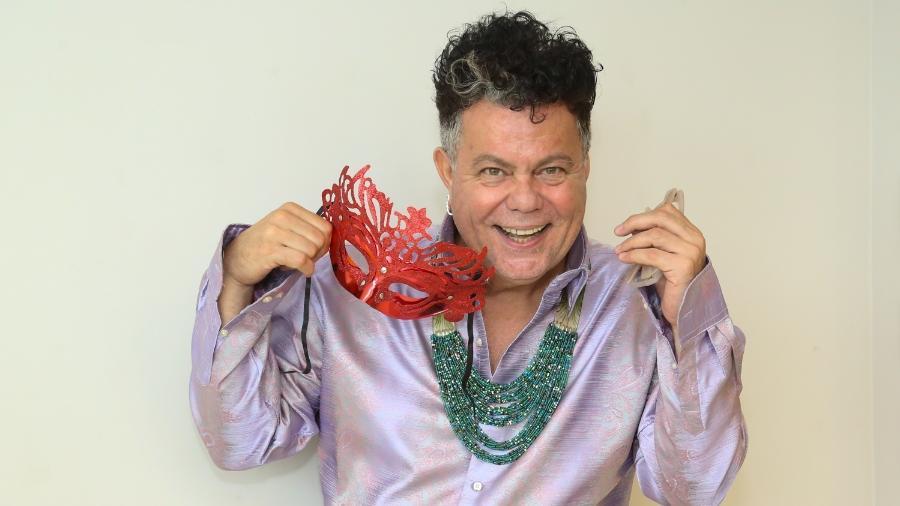 Milton foi carnavalesco de várias escolas de samba, mas desde 2013 é comentarista da TV Globo. São 30 anos de Carnaval  - Roberto Filho / Brazil News