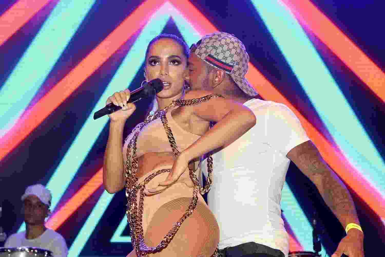 Anitta recebe Nego do Borel em seu show no Camarote N1/CarnaUOL - Manuela Scarpa/Brazil News
